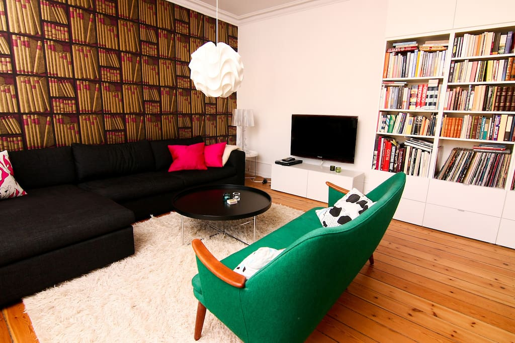 Stay in Central Station Apartment