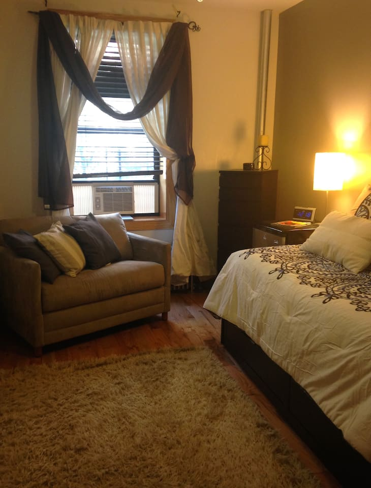 This is a picture of the Private bedroom that is available to rent