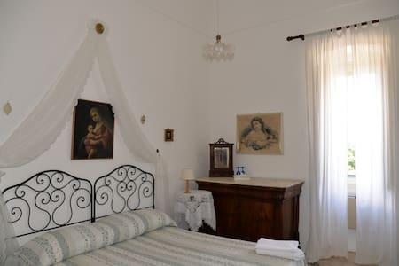 Camera Suite Donna Ritella - Mola di Bari