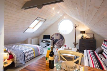 """Le hublot"" studio cosy 2 ** - Appartement"