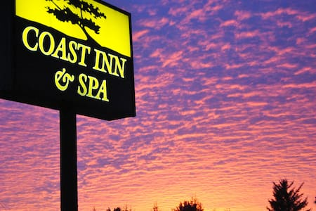 Coast Inn and Spa in Fort Bragg CA - Inny