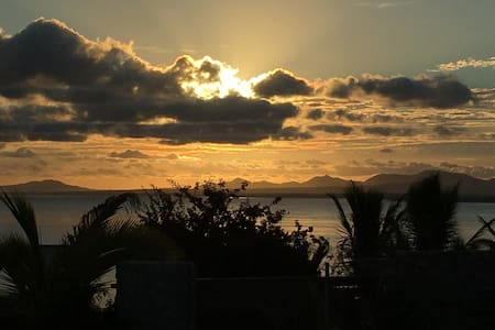WIFI-1 BR HOUSE W/BEAUTIFUL OCEAN VIEW & HUGE LOT! - La Ventana