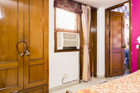 Peaceful homely stay, Central Delhi - Neu-Delhi - Haus
