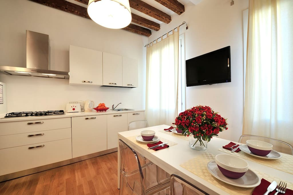 SAN MARCO RED LOFT WITH WIFI FREE