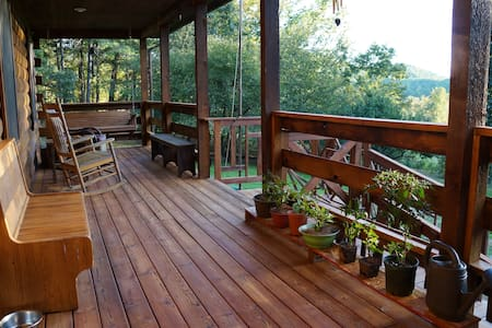 Spacious log cabin/2BR/great views! - Zomerhuis/Cottage