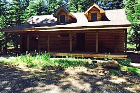 Sweet Sierra Mountain Cottage - Alta