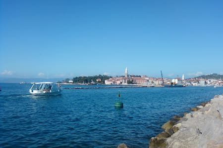 NICE APARTMENT IN THE CENTER NEAR THE SEA - Izola - Isola - Flat
