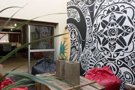 Hostel *A Mi Manera* en el centro de Cordoba Cap.! - Dom