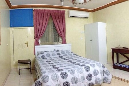 Two bedrooms apt, near diplomatic Q