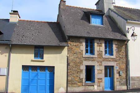 Maison Bleue - Rumah