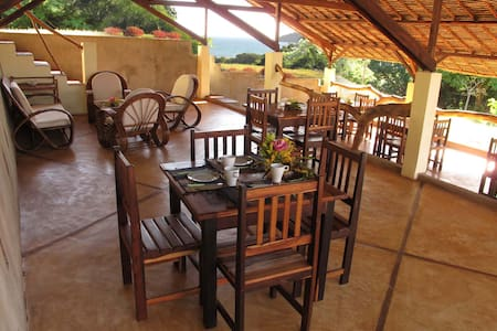 Ecolodge Nosy Be Madagascar - Bed & Breakfast