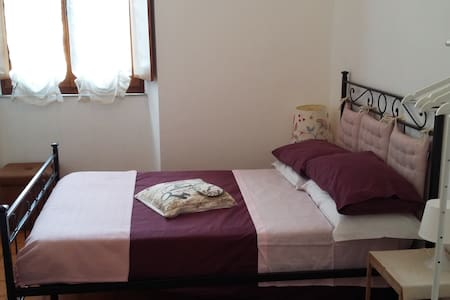 B&B SUSANNA HOME SINGLE ROOM 3 - Orvieto - Bed & Breakfast