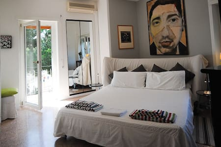 ROME - Affordable Stylish Rooms