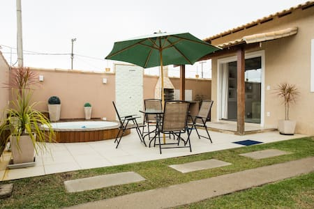 Room type: Entire home/apt Property type: House Accommodates: 7 Bedrooms: 2 Bathrooms: 2