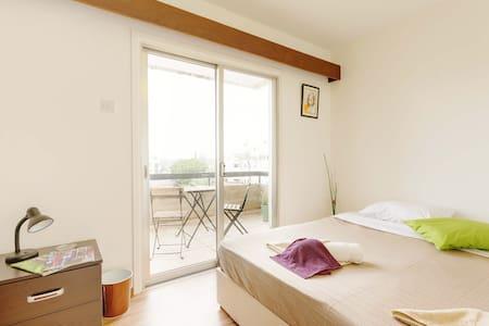 Double Room with Balcony - Apartament