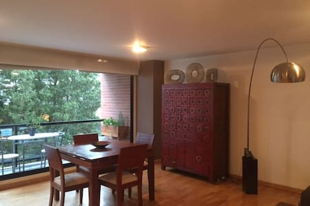 Beautiful Entire Apt , Best zone of Quito - Lakás