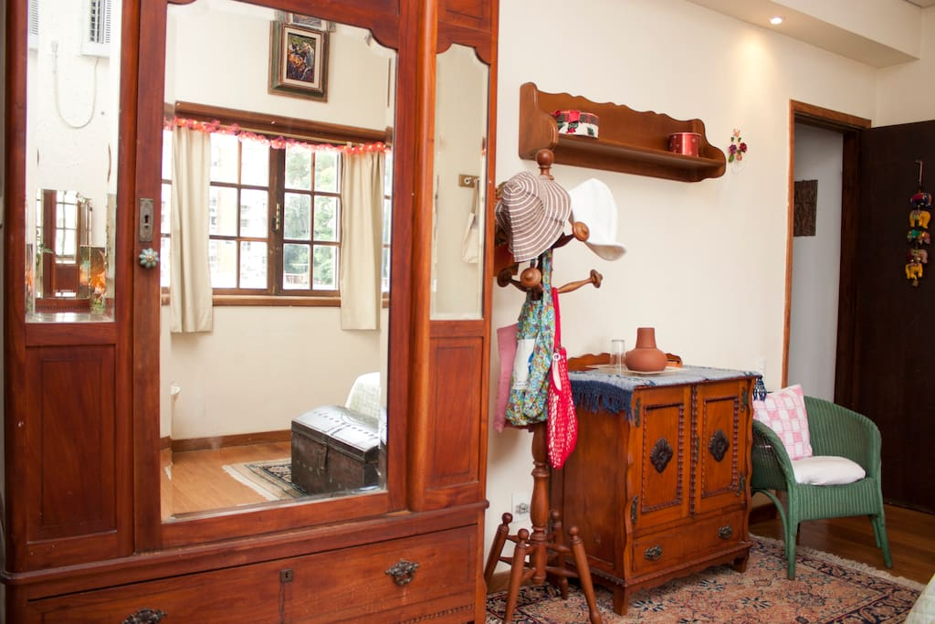 closets and antiques furniture with mirrors