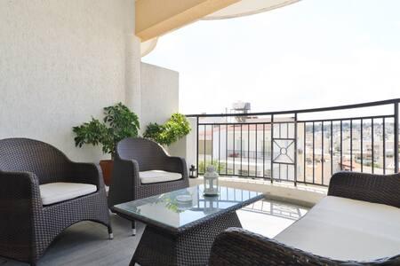 Nicosia Modern 2BD Flat Quiet Area - Apartment