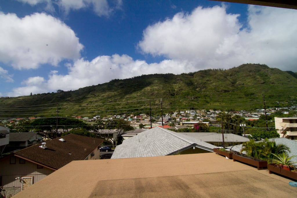 'IKENA room:  Beautiful Palolo Valley view from your room! In real life, this view is panoramic... :o)
