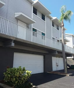 Indian Shores Beach Townhouse - Dom