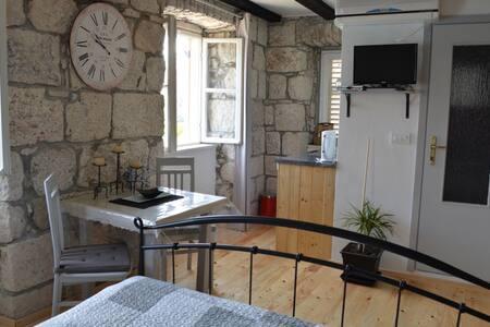 Charming studio with amazing wiev. - Korčula