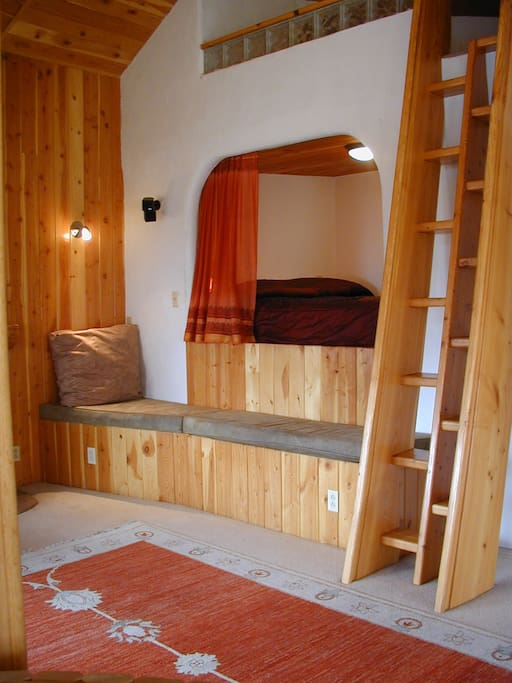 Artistic amp Creative Hobbit House Houses For Rent In