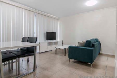 (3) CBD + WIFI + GARAGE - Appartement