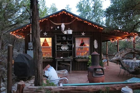 Rustic Private Cabin, Blanco River - House