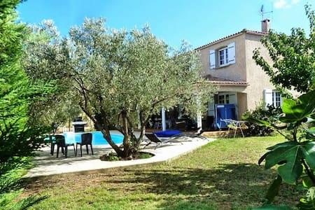 Belle villa avec piscine Marseillan