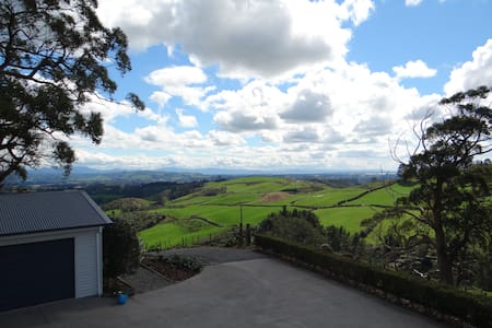 Gum Tree Guesthouse - Ohauiti - Bed & Breakfast