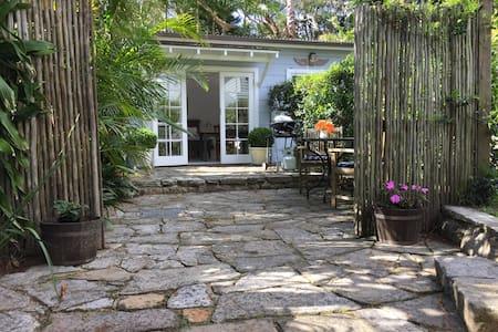 North Avalon Beach Cottage - Hus