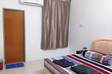 Triang Bera HomeStay  - Ház