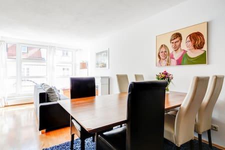 Flat five minutes to Marienplatz - Appartamento