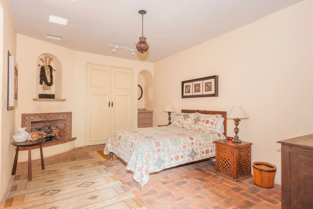 Casita Opal/ New, a King size bed