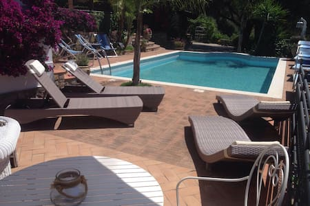Cilento: Villa with swimming pool - House