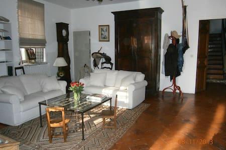 laurence jonqueres d'oriola house - Corneilla-Del-Vercol - Bed & Breakfast