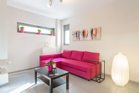 FURNISHED APARTMENT  NEAR METRO ST - Vrilissia - Appartement