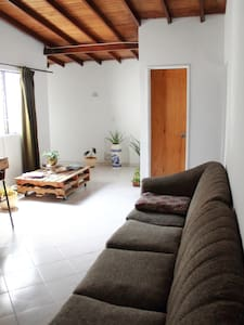 great room with private bathroom - Medellín - Apartment