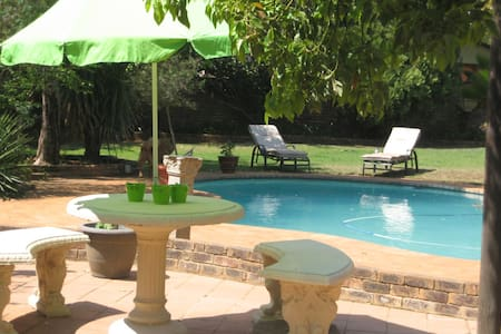 A cozy family home in Hartbeespoort - Hartbeespoort - House