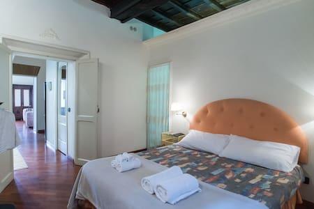 Trilussa - One Bedroom Apartment - Apartment
