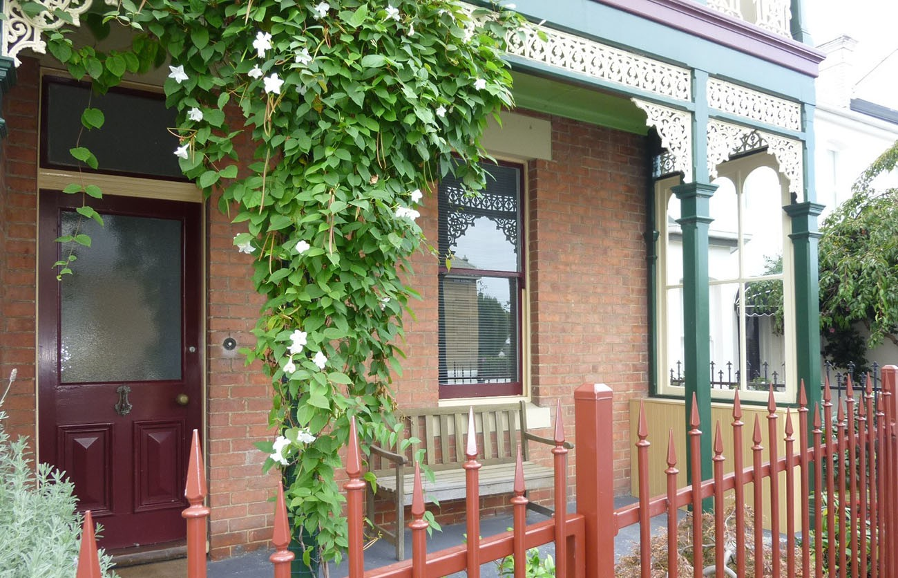 Beautiful Victorian Town house in the heart of Battery Point