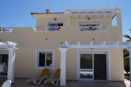 Unique front golf villa with pool - Murcia