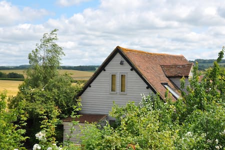 The Old Barn , Organic Residence, Secret Garden - Oxfordshire