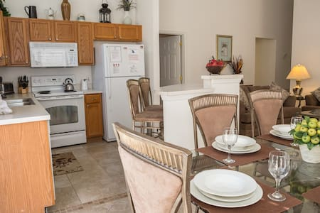 Kenneth's Southern Dunes Villa* - Haines City - Haus