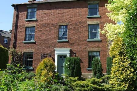 Durham House - House