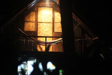 Residencia Miramar - Pacific Cabin - General Luna - Casa