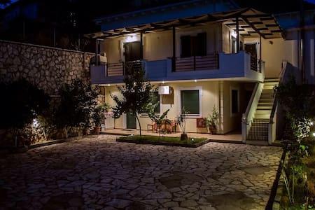 KiAmmos apartments block by the sea - Lefkada