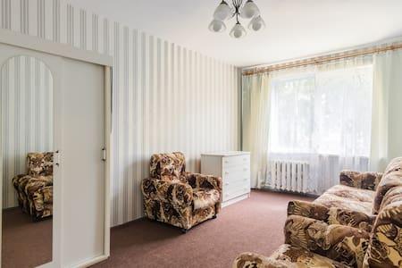 Квартира около м.Уручье - Apartamento