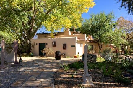 Lumina Gardens-  Entire Home: Casa Verde#4 - Taos
