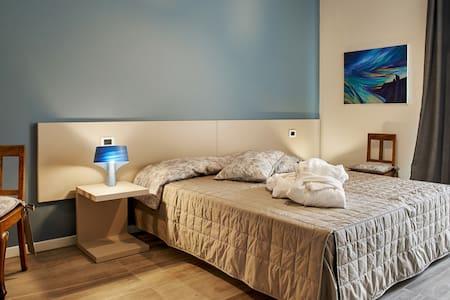Complicità-B&BComoLake,MilanoExpo - Barzago - Bed & Breakfast